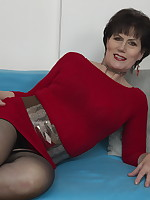 Naughty mature lady having fun with the guy next door